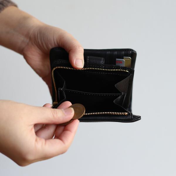 CINQ/サンク/財布/2つ折り財布/カードがたくさん入るお財布/黒/レザー/おしゃれ/かわいい