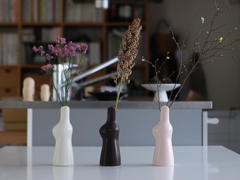 鹿児島睦 ウサギの花器 Rabbit Flower Vase 波佐見焼